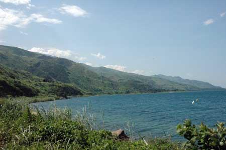 Le lac Tanganyika, Photo de Yves Fermon (Uvira 2007)