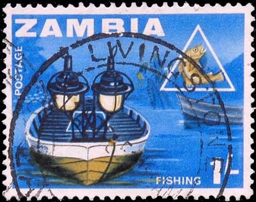 Pêche au Lamparo en Zambie.